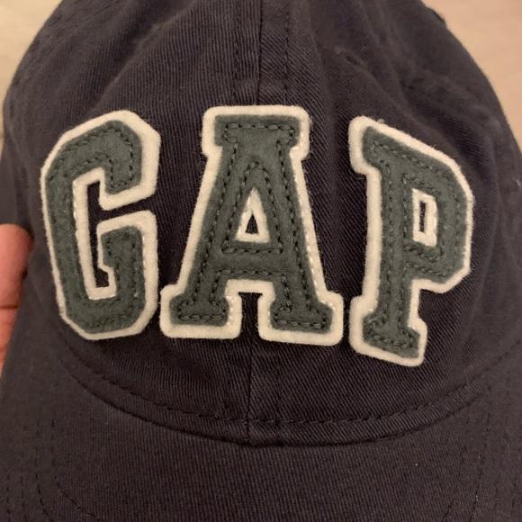 26577e4b4b0fd Baseball hat from Baby Gap (M L)
